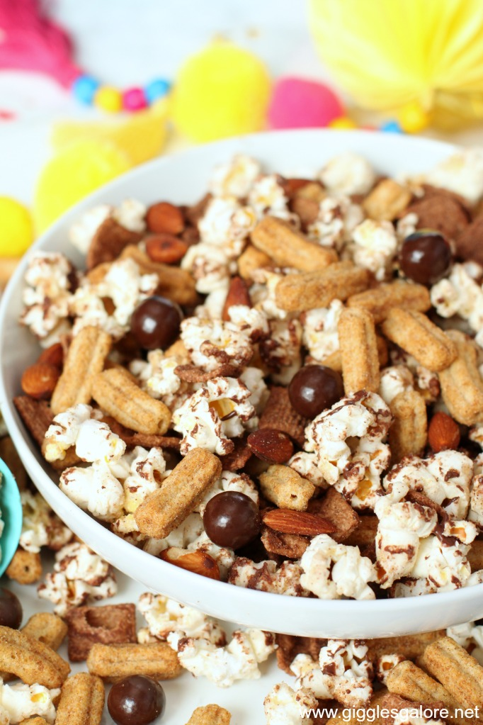Cinnamon churro popcorn snack mix