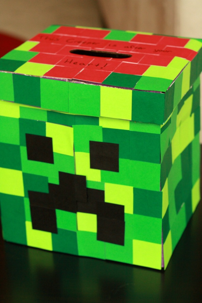Minecraft creeper valentine card box