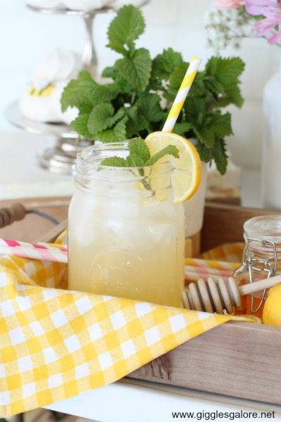 Refreshing honey ginger lemonade cocktail
