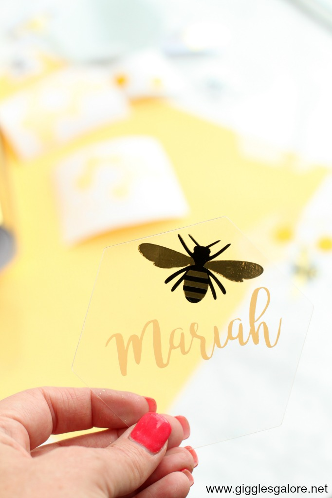 Bee place cards