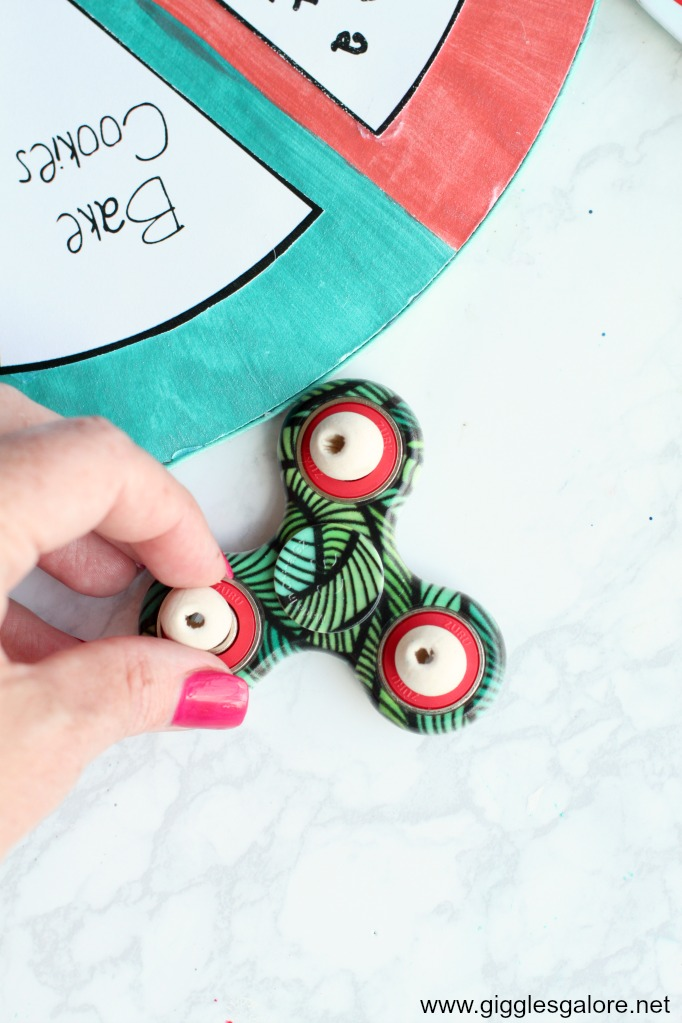 Diy summer boredom buster spinner step 5