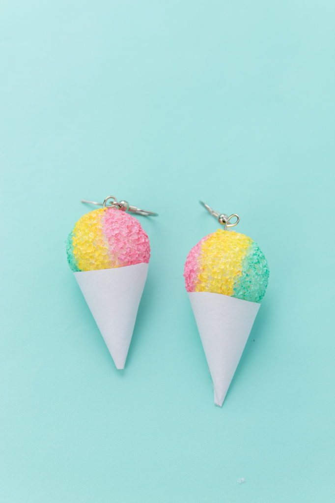 Snowcone earrings diy 12