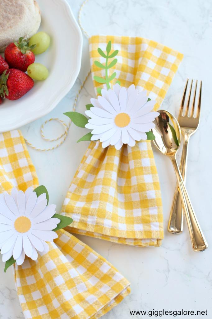 Diy daisy napkin rings summer tablesetting