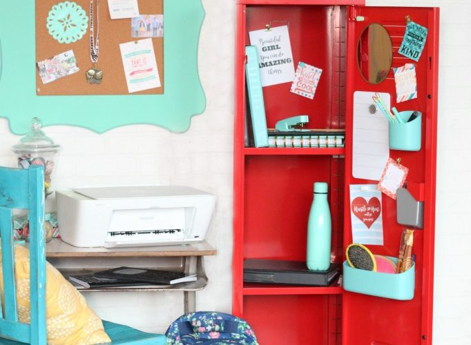 Middle school locker decorations and free inspirational printables