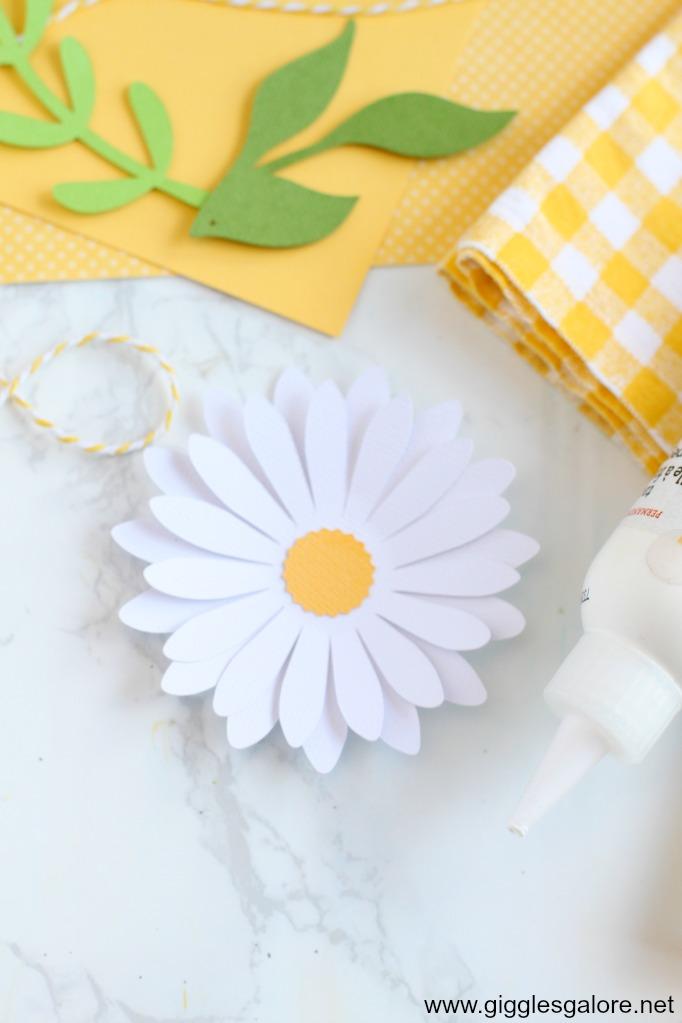 Paper daisy cardstock flower