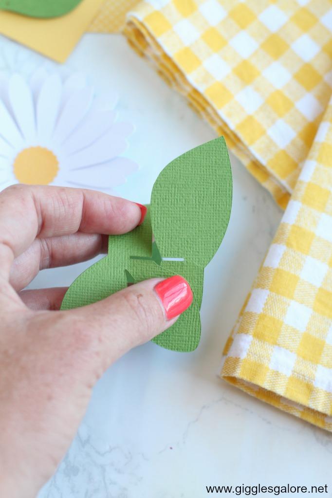 Paper leaf napkin ring