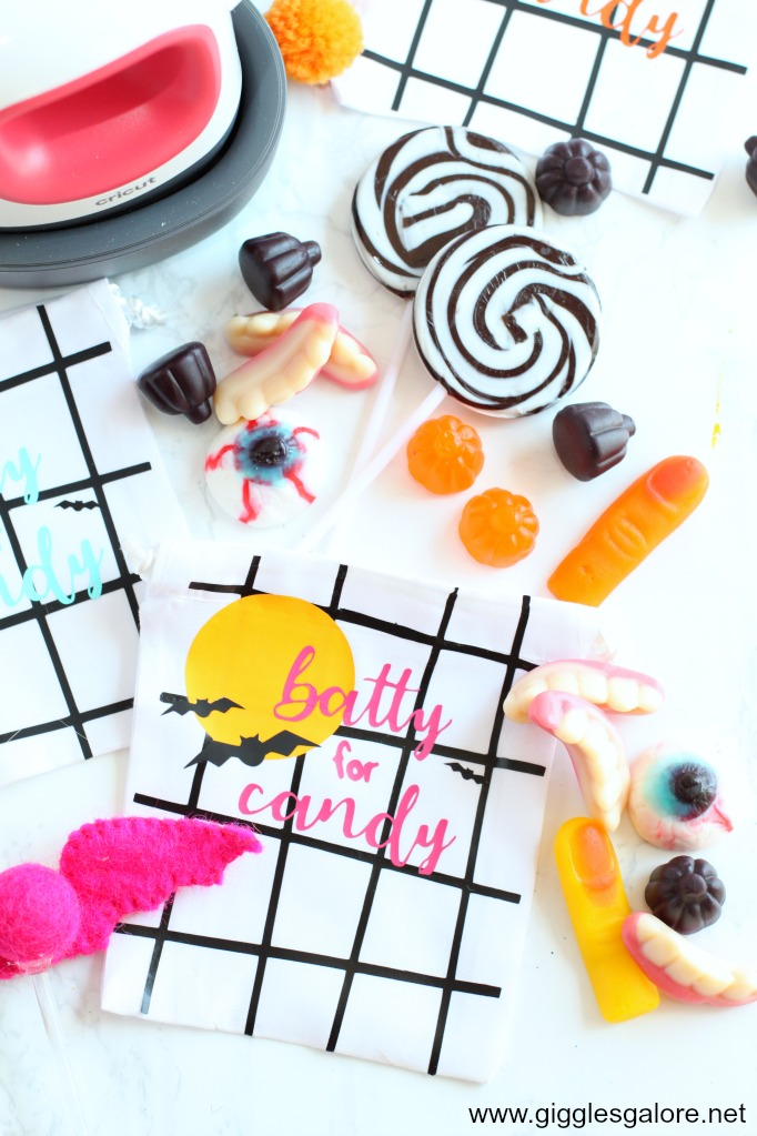 Diy batty for candy favor bags