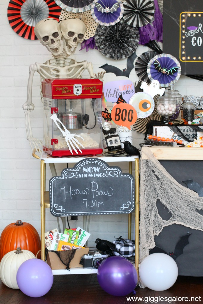 Halloween popcorn stand