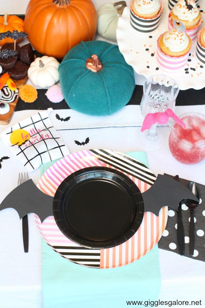 Modern halloween bat plates