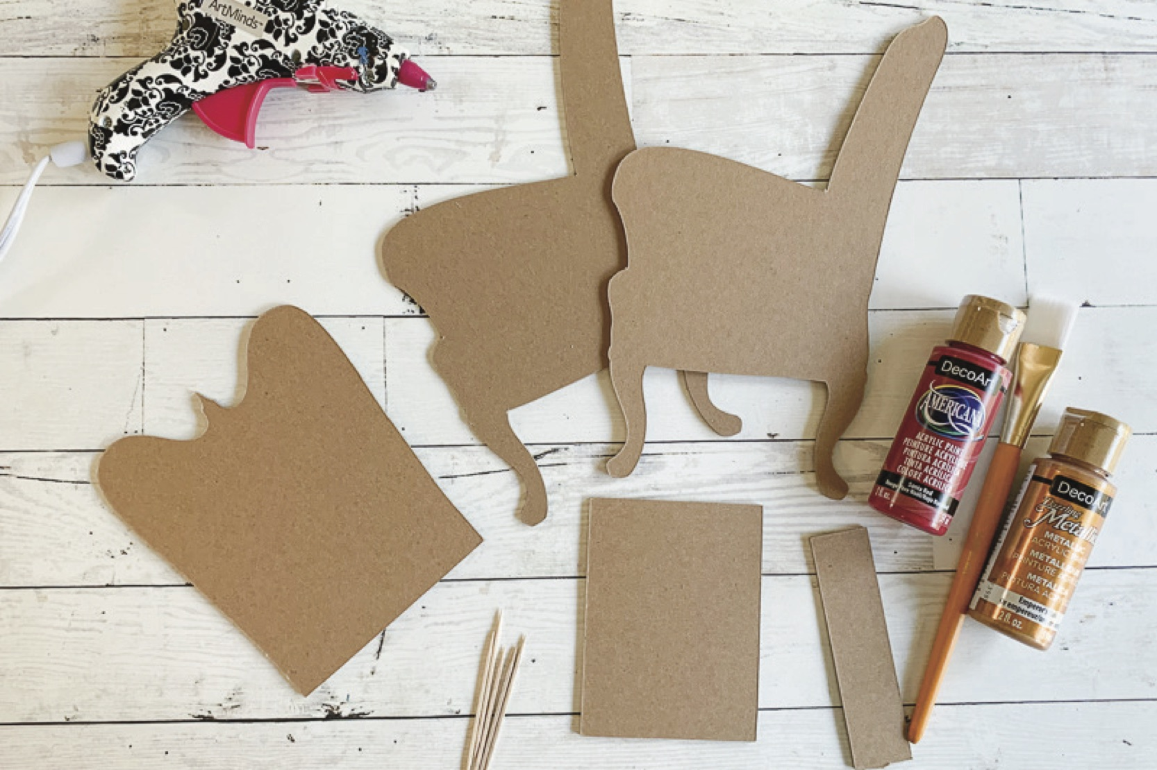 Chipboard diy doll chair supplies paint glue gun copy