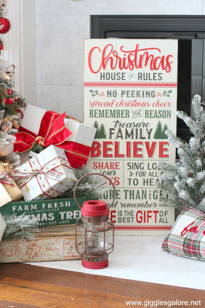 Christmas house rules farmhouse sign