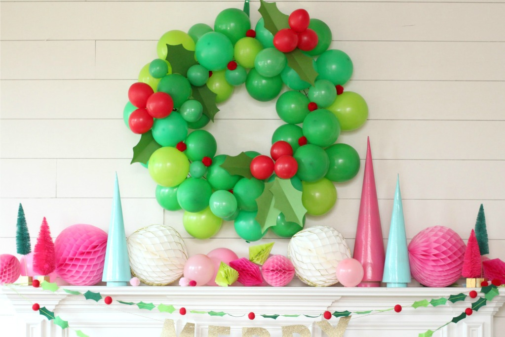 Diy balloon christmas wreath