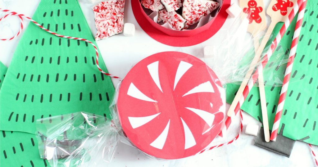 Diy peppermint favor box fb
