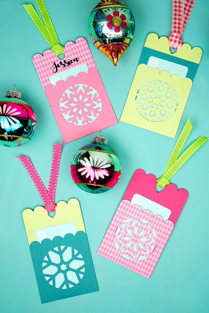 Snowflake gift card tags