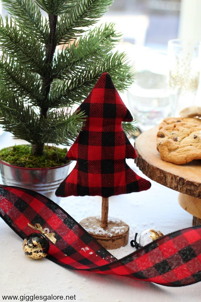 Buffalo check christmas tree table decoration