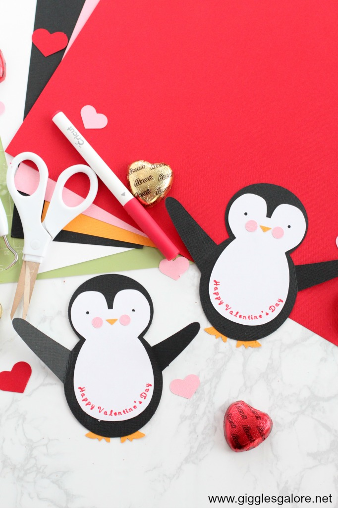 Penguin valentine card step 3