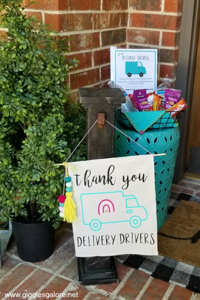 Thank you delivery drivers sign for porch