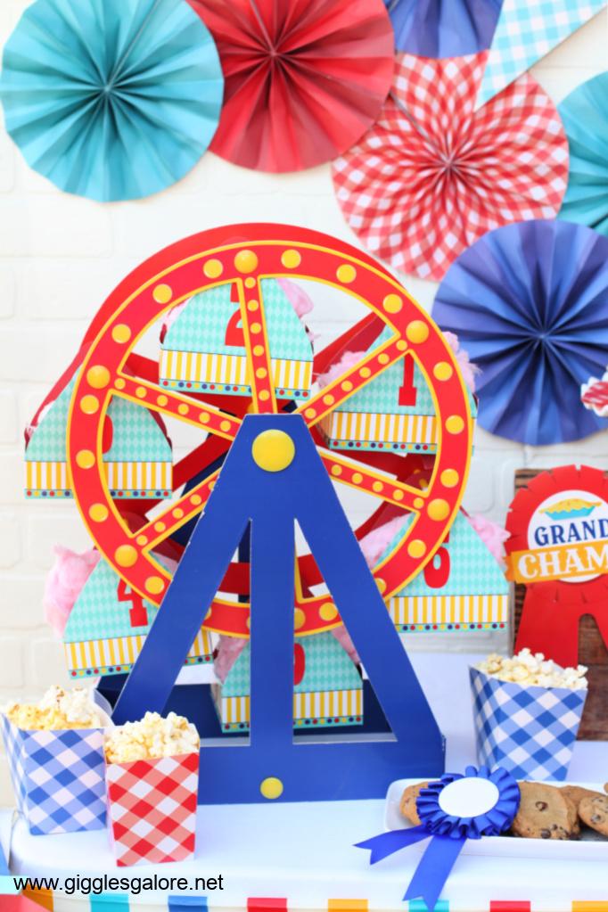 Ferris wheel treat stand