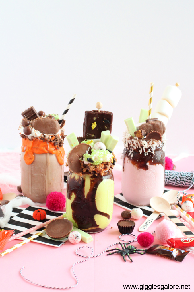 Monster halloween freak shake
