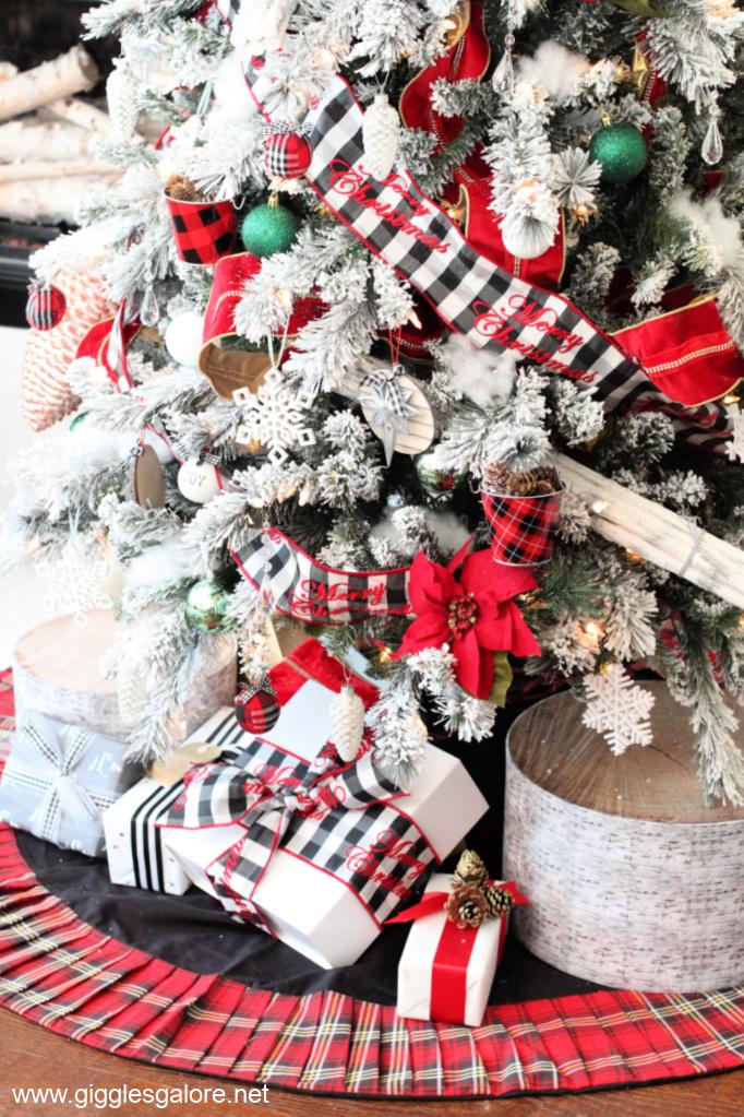 Red plaid christmas tree skirt