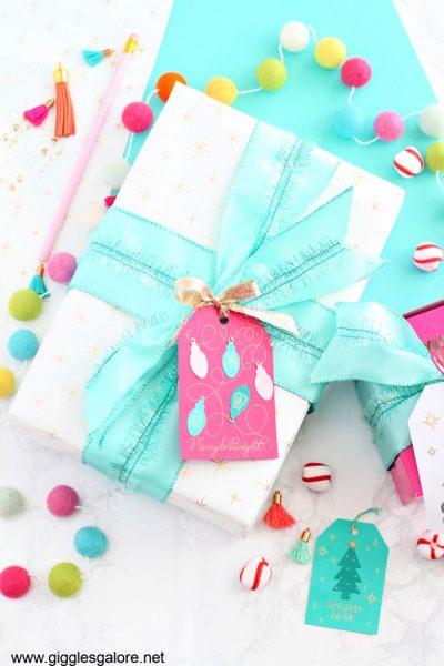 Cricut diy gift wrap
