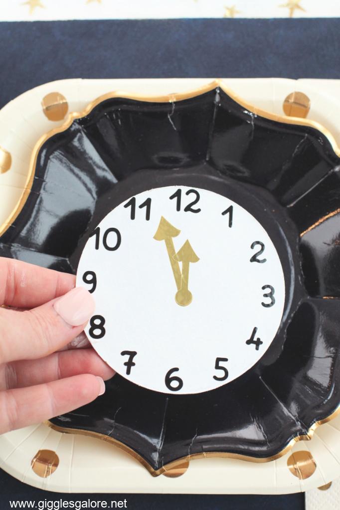Diy nye clock coasters