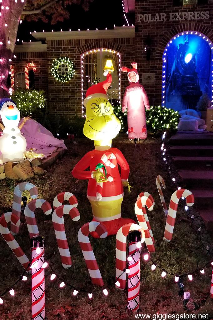 Grinch christmas display