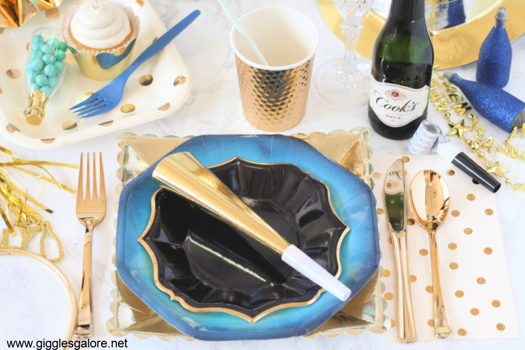 New years eve table setting ideas
