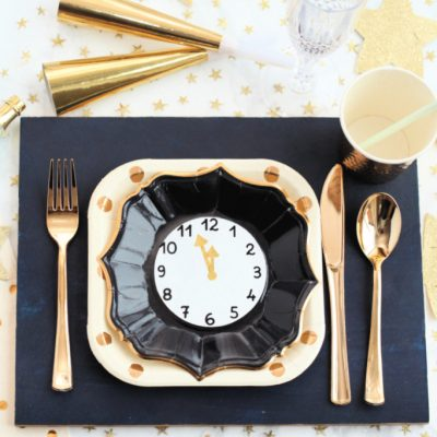 New Year's Eve Table Setting with DIY Wood Placemats