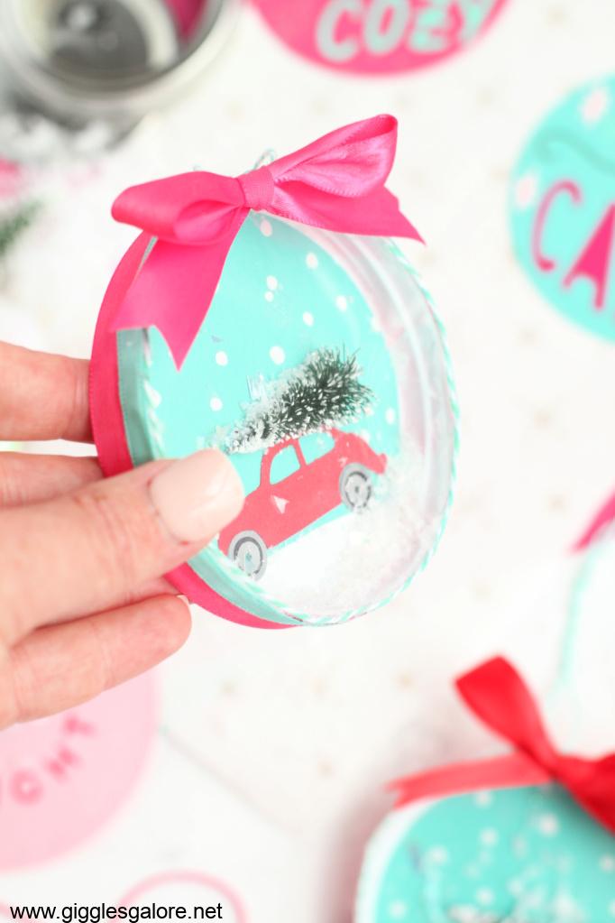 Shaker snow globe ornament