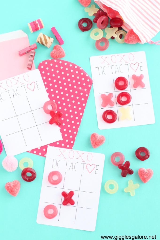 Valentine tic tac toe cards