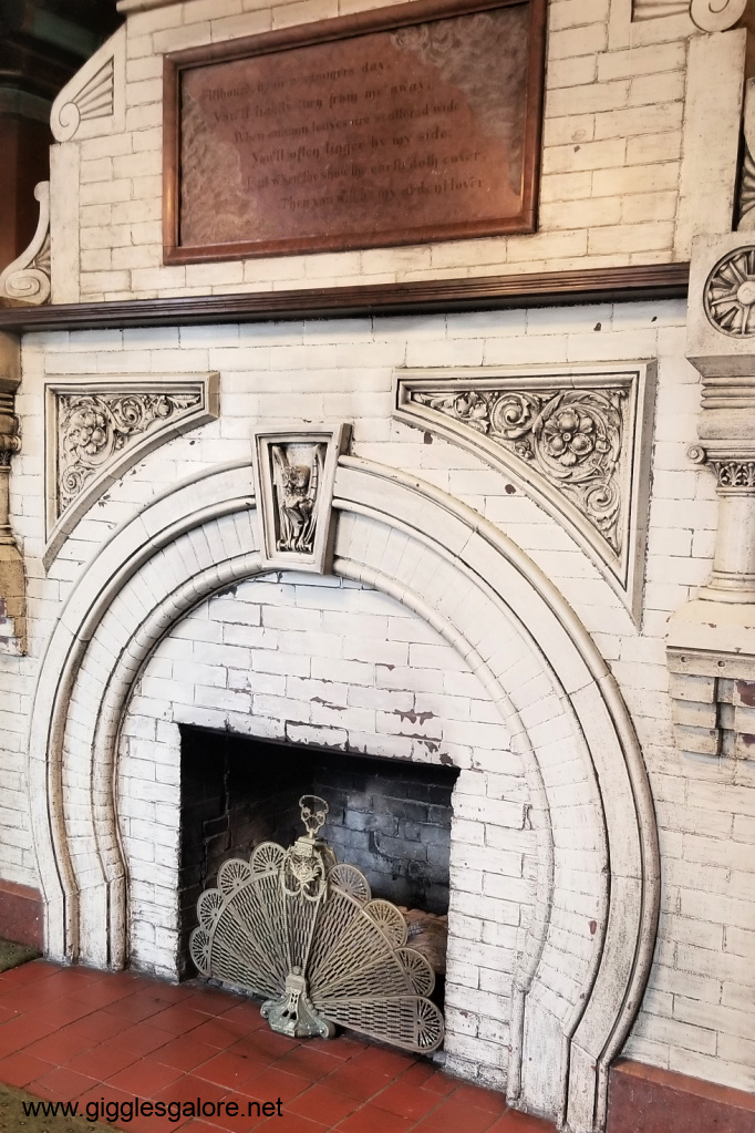 1886 crescent hotel fireplace