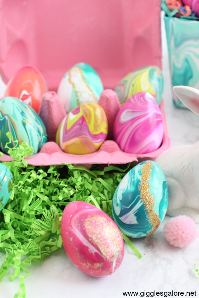 Paint pour easter egg craft