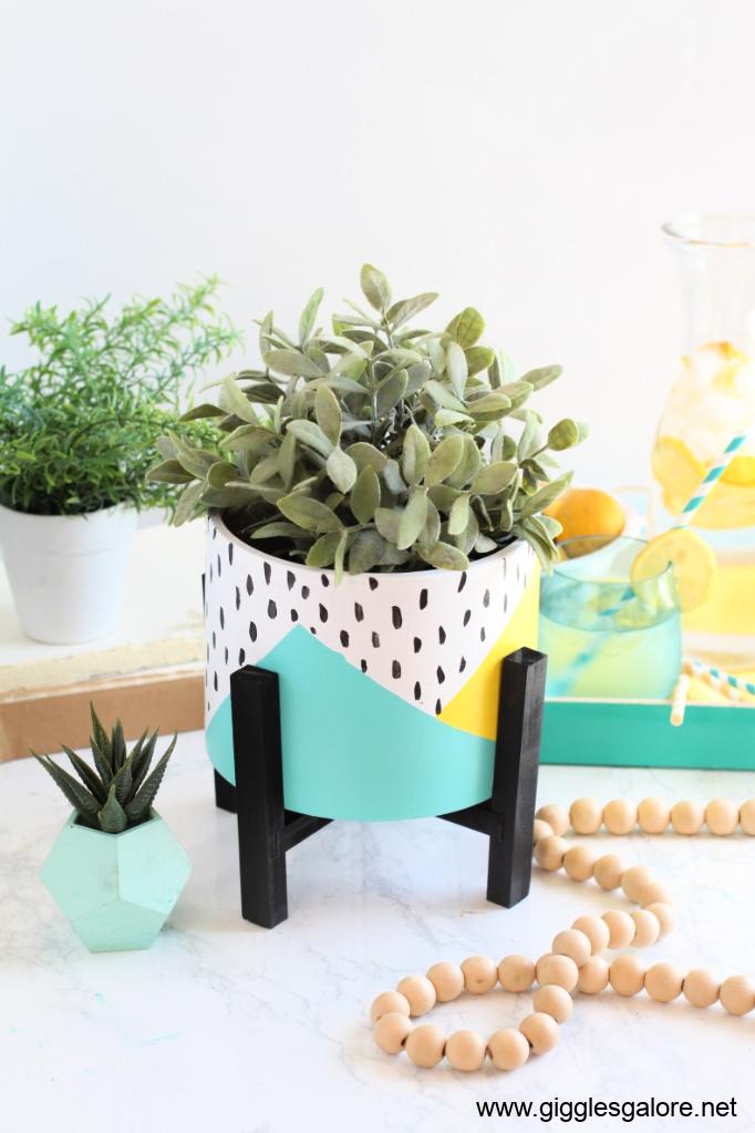 Front porch colorblock flower pot