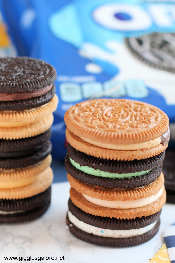 Oreo flavor cookie stack