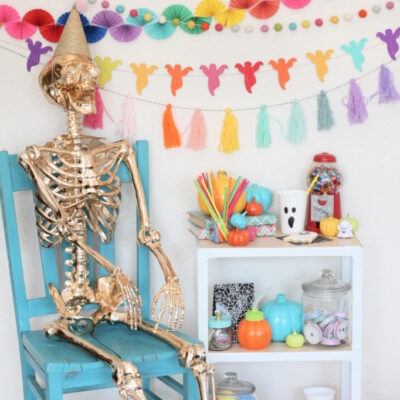 DIY Rainbow Ghost Halloween Garland
