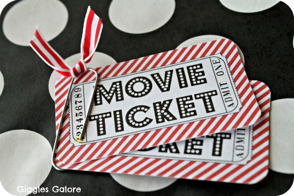 Outdoor Movie Night Party amp Giveaway