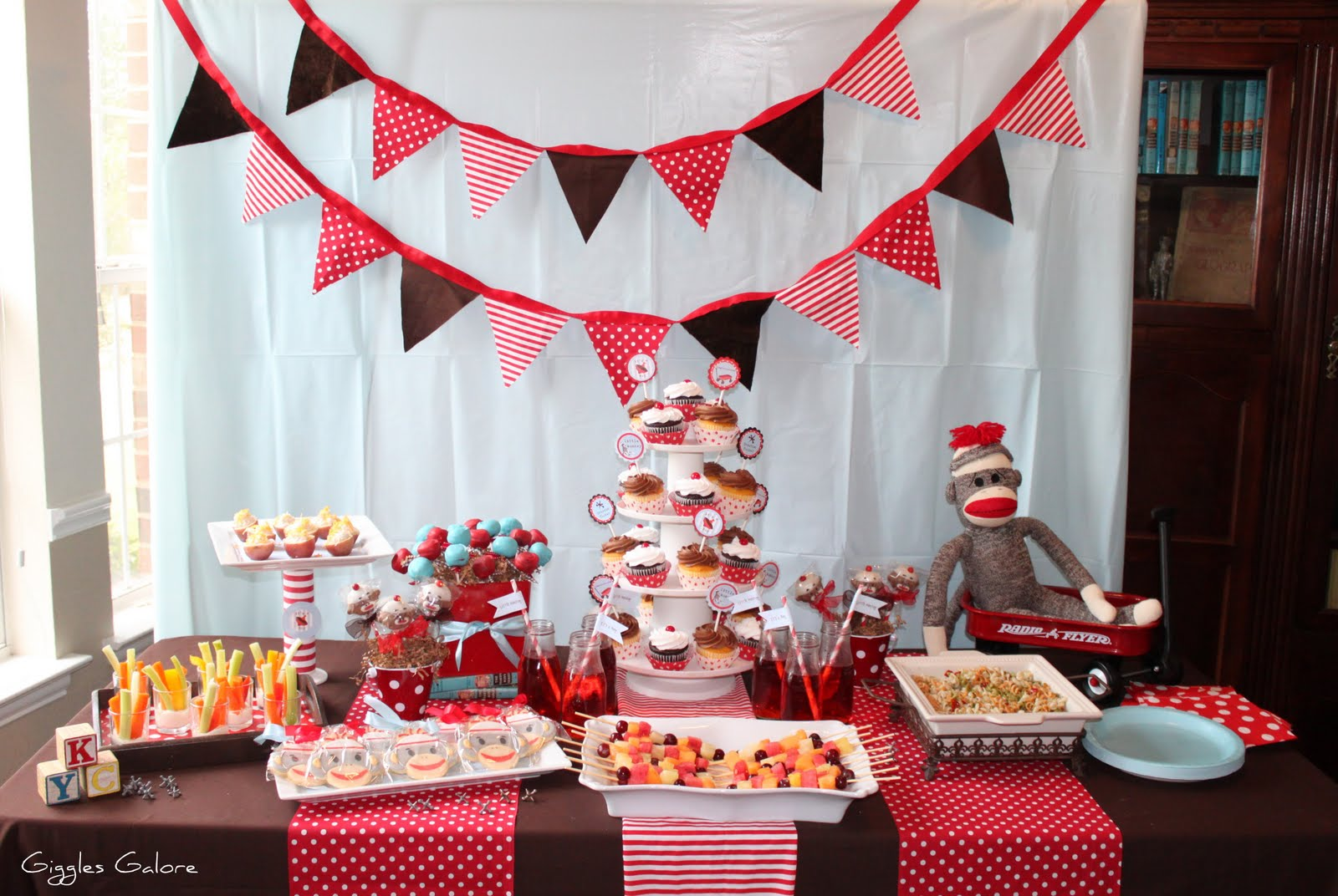 Sock monkey baby shower decorations best baby decoration for Baby shower food decoration ideas