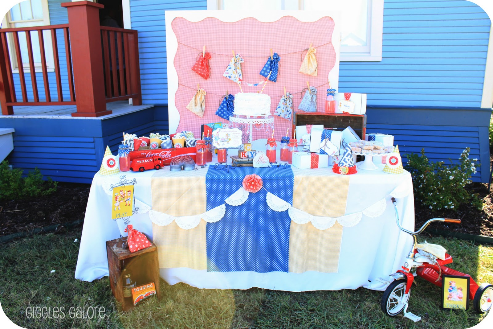 Party Backdrop DIY Frame Giggles Galore